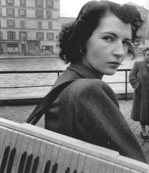 Paris, 1940s - 1950s, by Robert Doisneau (16)